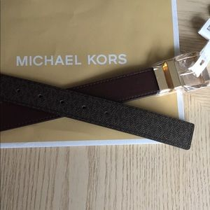 Michael Kors Reversible Brown Belt